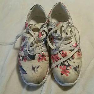 JustFab tennis shoes